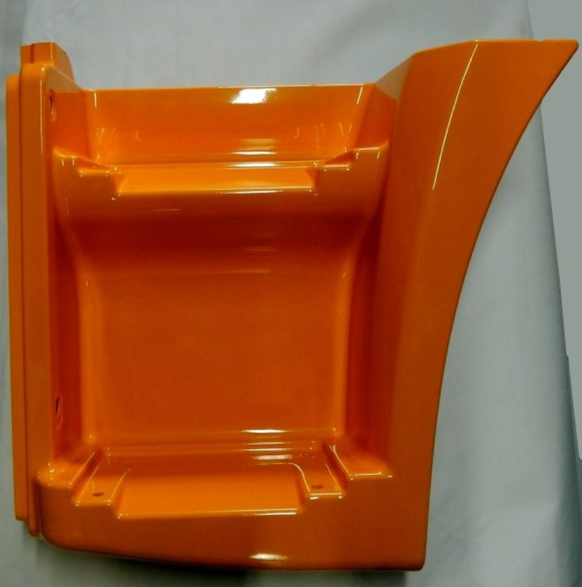 Щиток КАМАЗ-65115 подножки левый (рестайлинг) (оранжевый) ТЕХНОТРОН