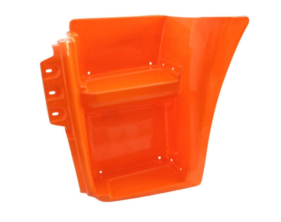 Щиток КАМАЗ-6520 подножки левый (оранжевый) ОАО РИАТ